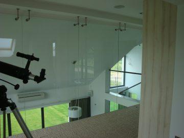 Balustrada szklana wewnętrzna