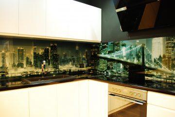 Panele szklane kuchenne Manhattan